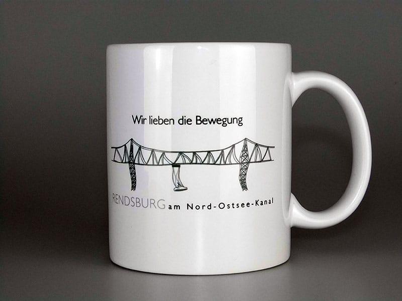 """Produktfotografie """"Wir lieben Bewegung""""  Die Tasse gibt es unter www.debuukart.de zu kaufen! tasse  Show it tasse"""